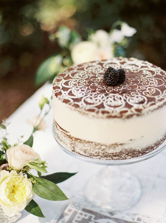 Tiramisu Wedding Cakes  35 Dreamy Rome Destination Wedding Ideas Weddingomania