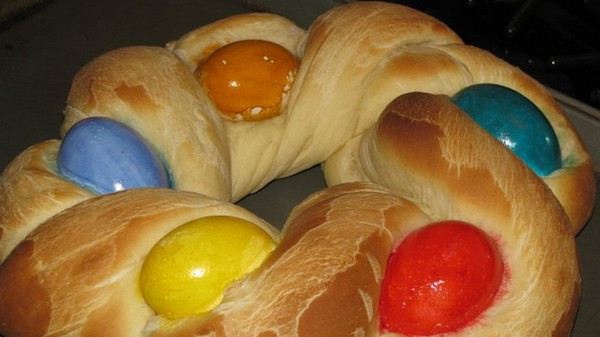 Traditional Easter Bread  Traditional Easter Bread – What2Cook