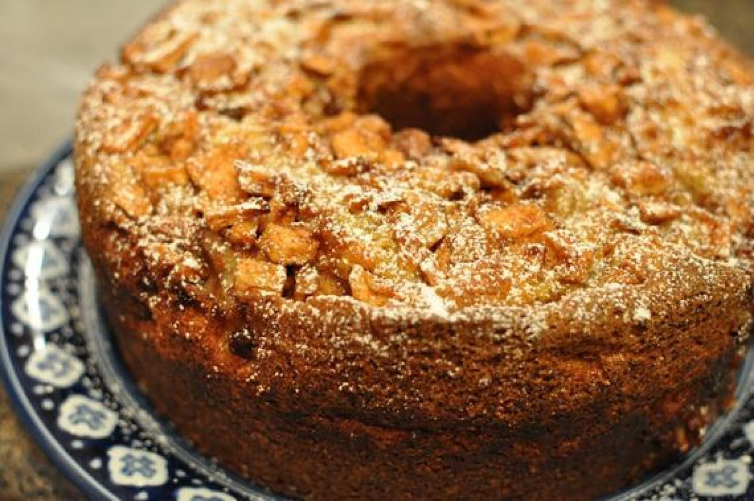 Traditional Passover Desserts  Philadelphia Jewish Apple Cake Recipe