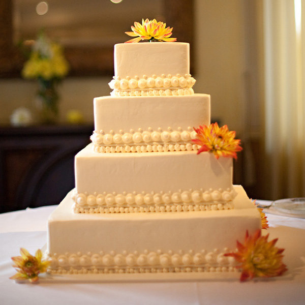 Traditional Wedding Cake Recipe  Simple Chic Wedding Cakes We Love