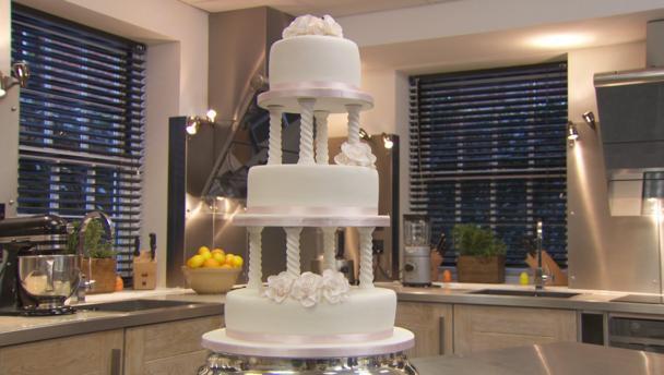 Traditional Wedding Cake Recipe  BBC Food Recipes Traditional wedding cake