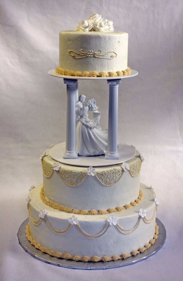 Traditional Wedding Cake Recipe  Traditional Wedding Cake in Ivory and White