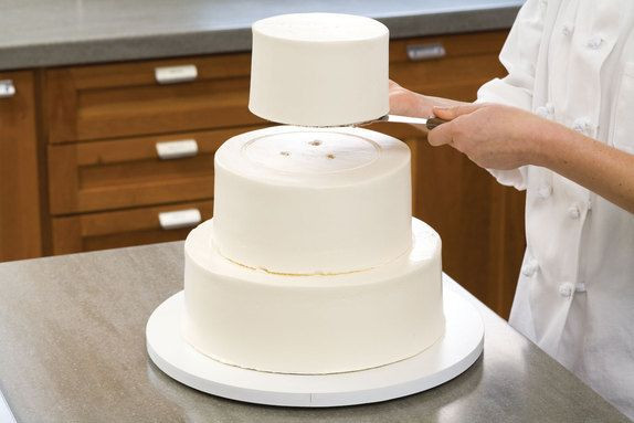 Transporting Wedding Cakes  3 Tier Cake on Pinterest