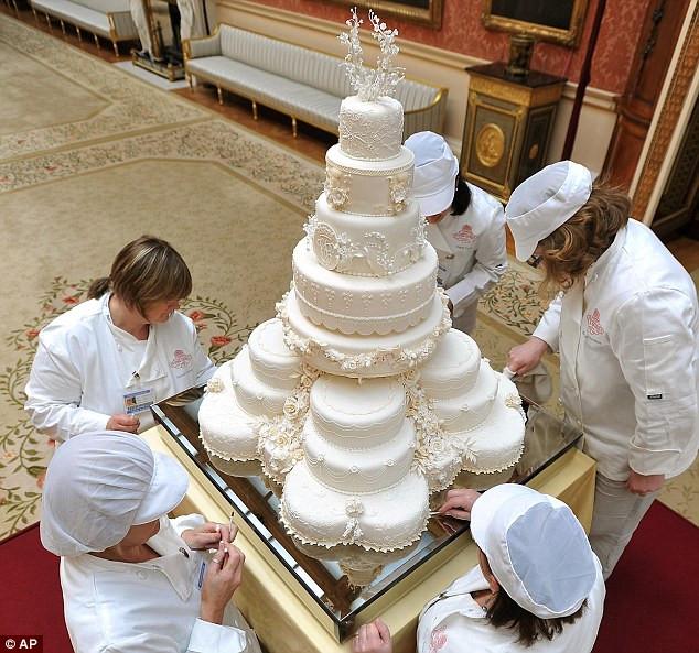 Transporting Wedding Cakes  How to Transport a Wedding Cake Nutatafish