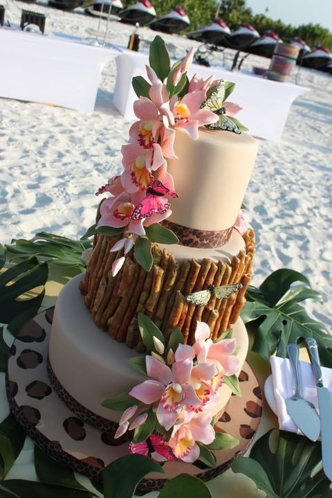 Tropical Wedding Cakes  44 Beautiful Bold Tropical Wedding Cakes