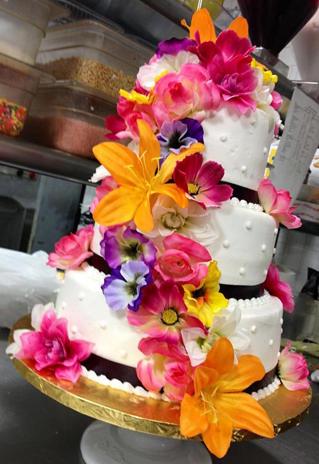 Tropical Wedding Cakes  Babycake s Bake Shop Tropical Wedding Cake