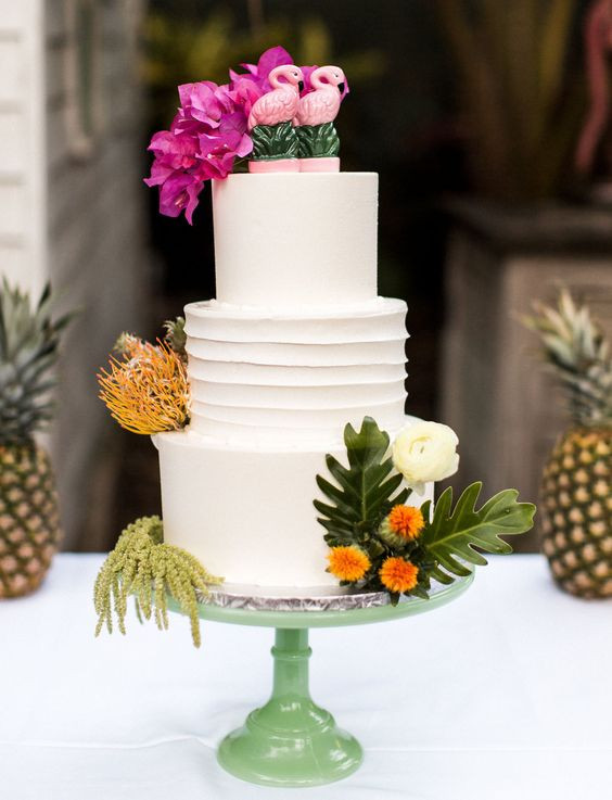 Tropical Wedding Cakes  Beautiful Tropical Wedding Cakes For Your Summer Wedding