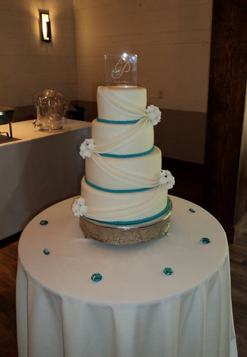 Turquoise And White Wedding Cakes  Turquoise and White Wedding Cake Cake by Kimberly