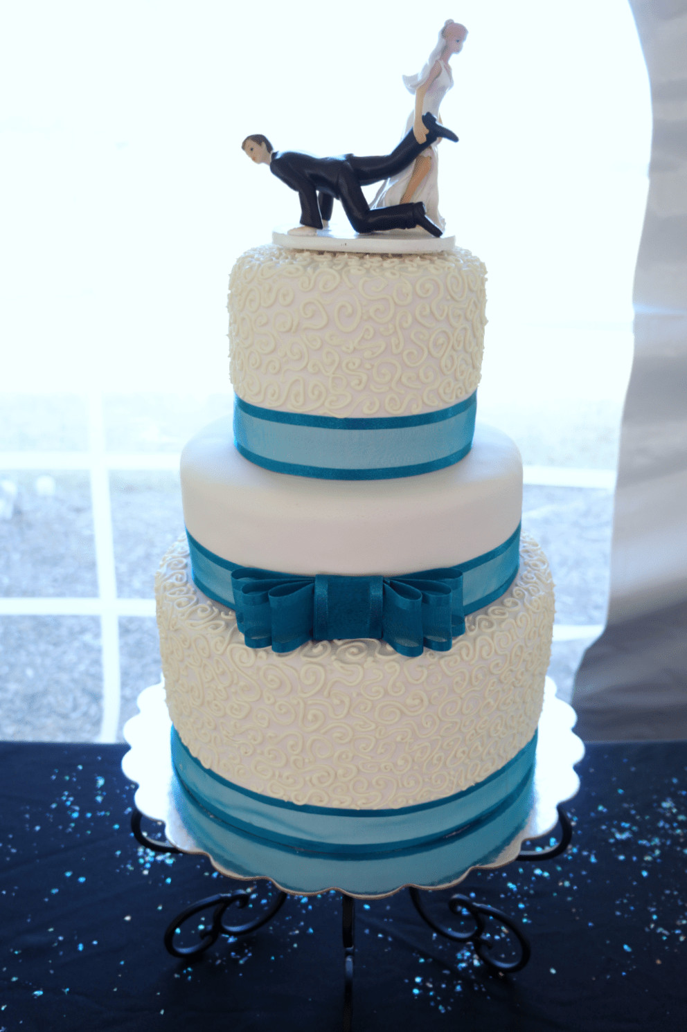 Turquoise And White Wedding Cakes  turquoise & white wedding