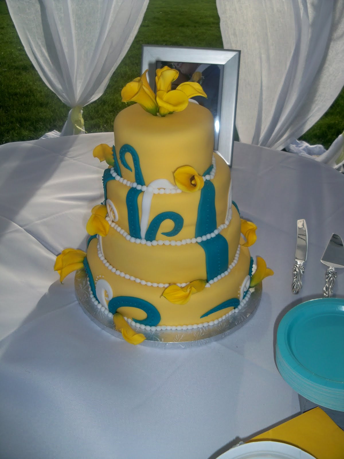 Turquoise And Yellow Wedding Cakes  Melinda Makes Cake Turquoise and Yellow Swirly Wedding Cake