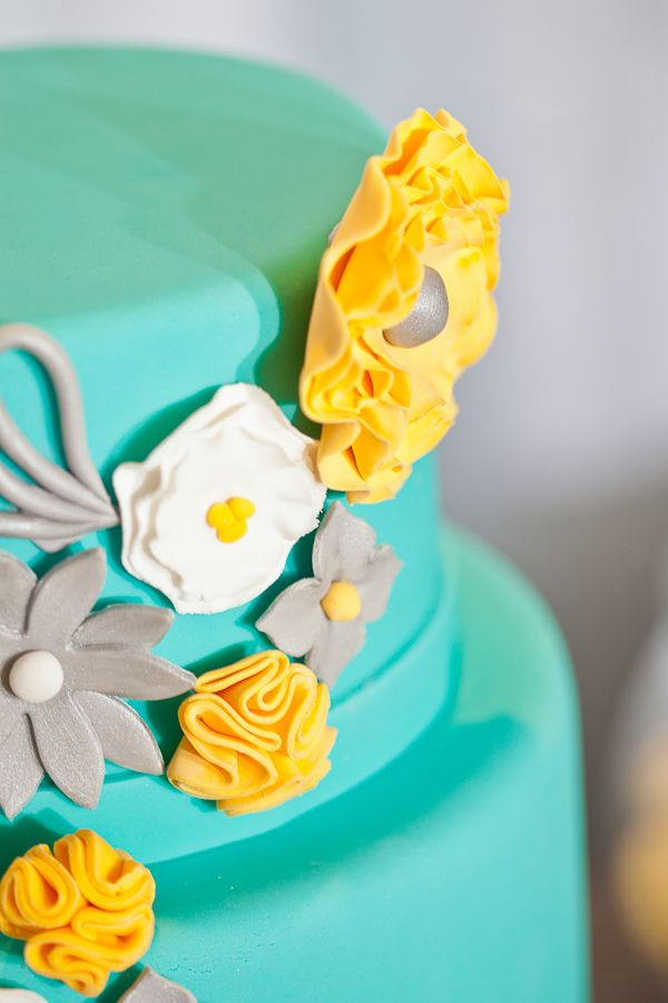 Turquoise And Yellow Wedding Cakes  9 best images about Blue & Yellow wedding cakes on
