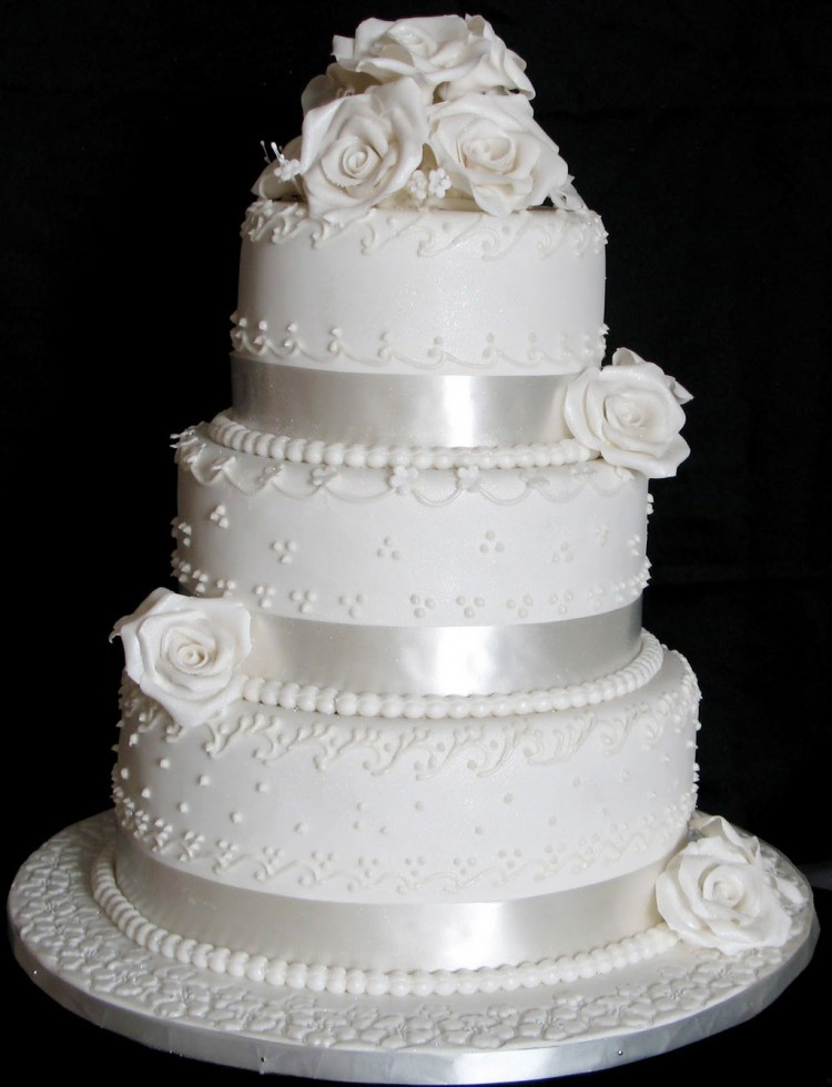 Two Layered Wedding Cakes  Triple Layer Wedding Cake Design 2 Wedding Cake Cake