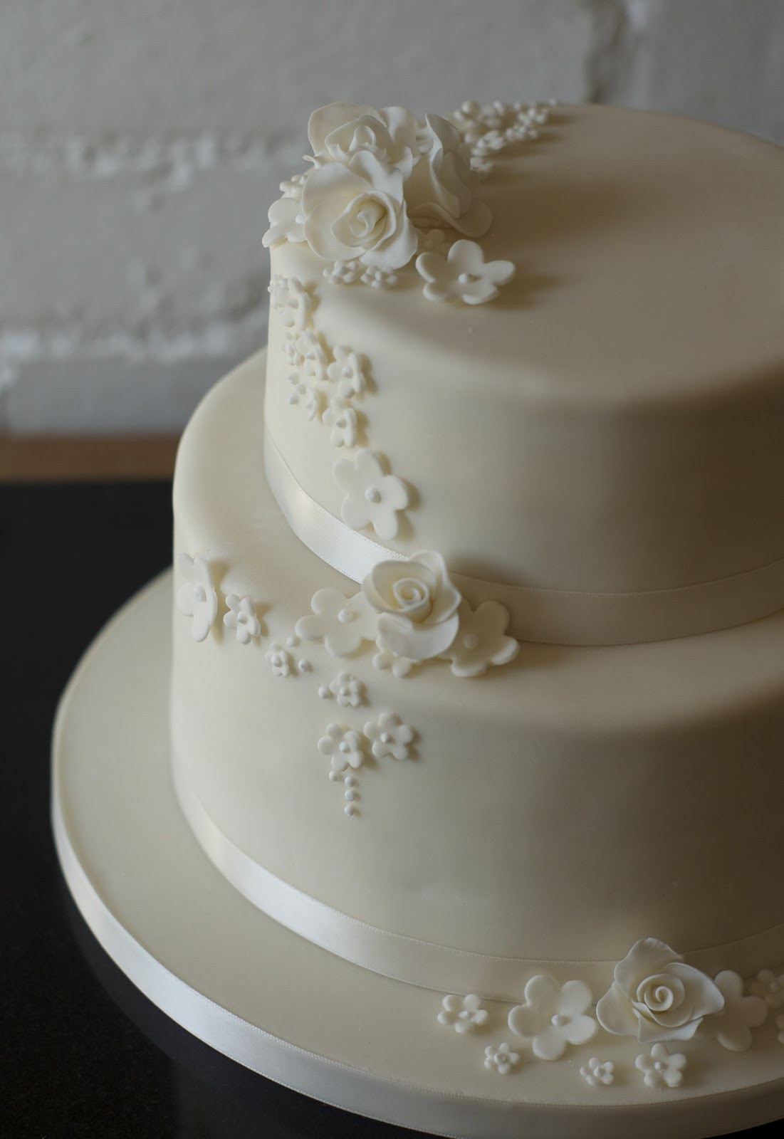 Two Tier Wedding Cakes  REAL LIFE Rose and blossom 2 tier wedding cake