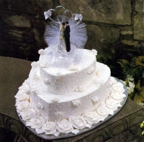 Two Tiered Wedding Cakes  Cheap two tiered wedding cakes