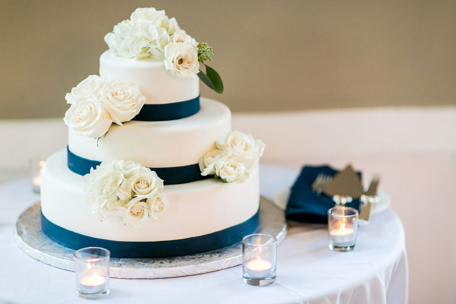 Types Of Wedding Cakes Flavors  Types of Wedding Cakes Flavors Wedding and Bridal