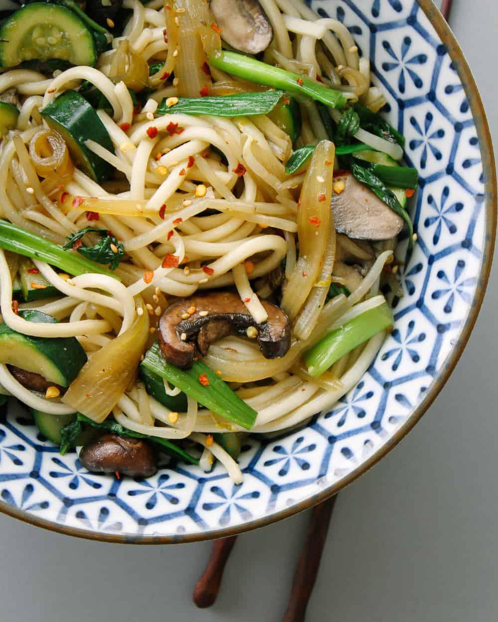 Udon Noodles Healthy  SIMPLE UDON NOODLE BOWL THE SIMPLE VEGANISTA