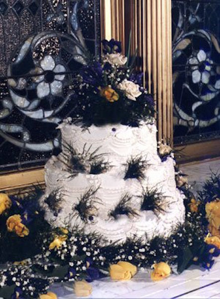 Ugliest Wedding Cakes  16 Seriously Ugly Wedding Cakes