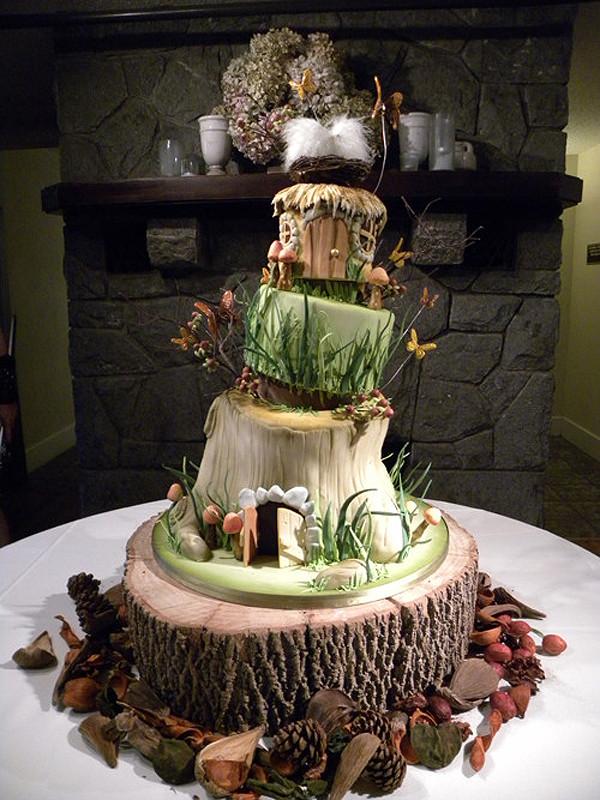 Unusual Wedding Cakes  51 unique wedding cakes for the most adventurous couples