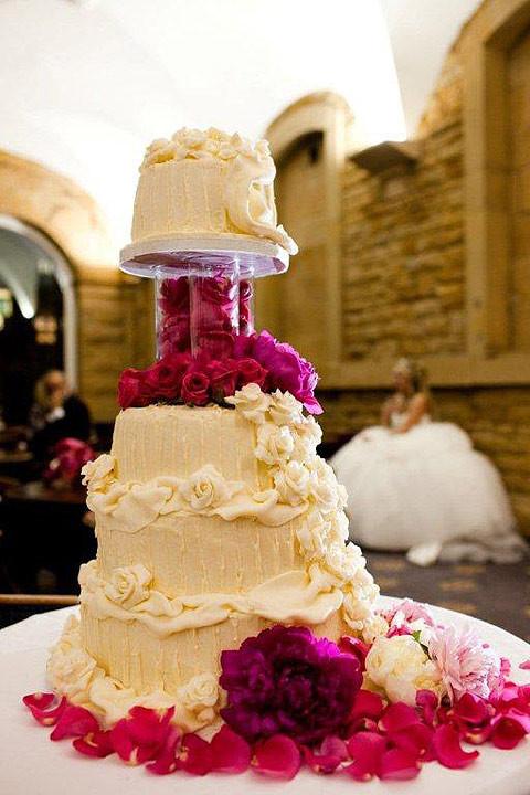 Unusual Wedding Cakes  Unique Wedding Cake Unique