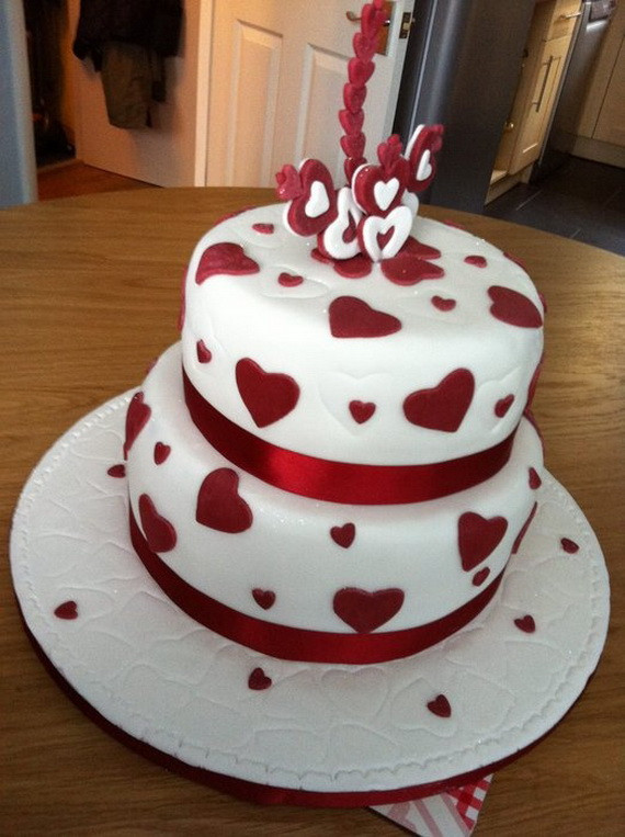 Valentine Wedding Cakes  90 Unique Wedding Ideas Inspired By Valentine s Day