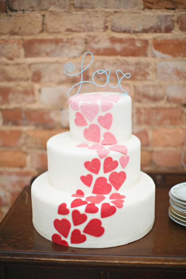 Valentines Wedding Cakes  Valentine s Day Wedding Cake