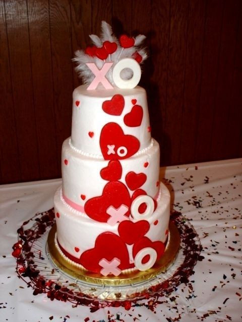 Valentines Wedding Cakes  37 Awesome Valentine's Day Wedding Cakes