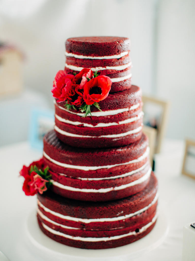Valentines Wedding Cakes  Fall in Love with Your Valentine's Day Wedding Latino