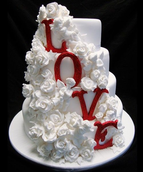 Valentines Wedding Cakes  30 best images about valentines day wedding on Pinterest