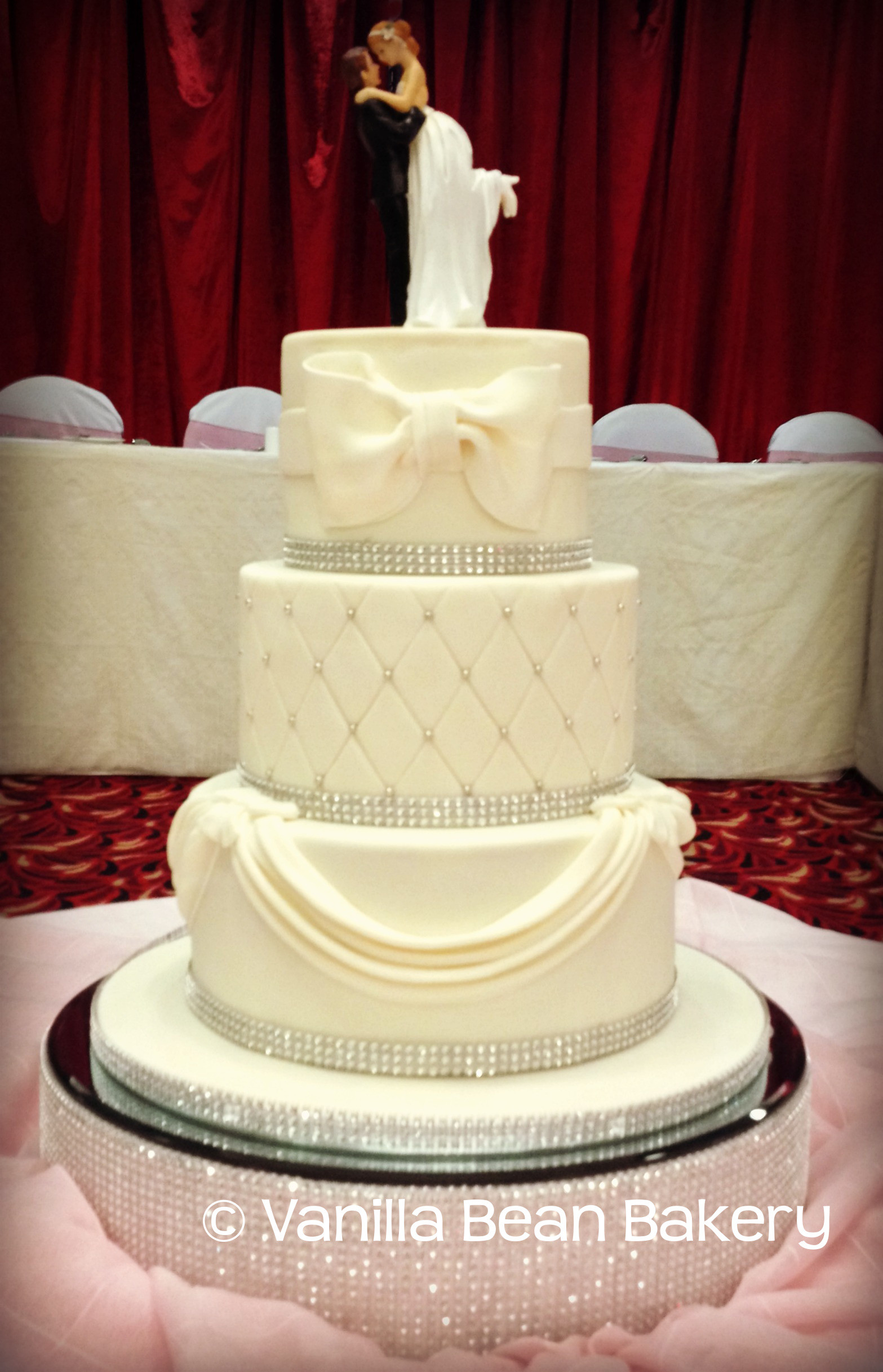 Vanilla Wedding Cakes  Wedding Cake Gallery