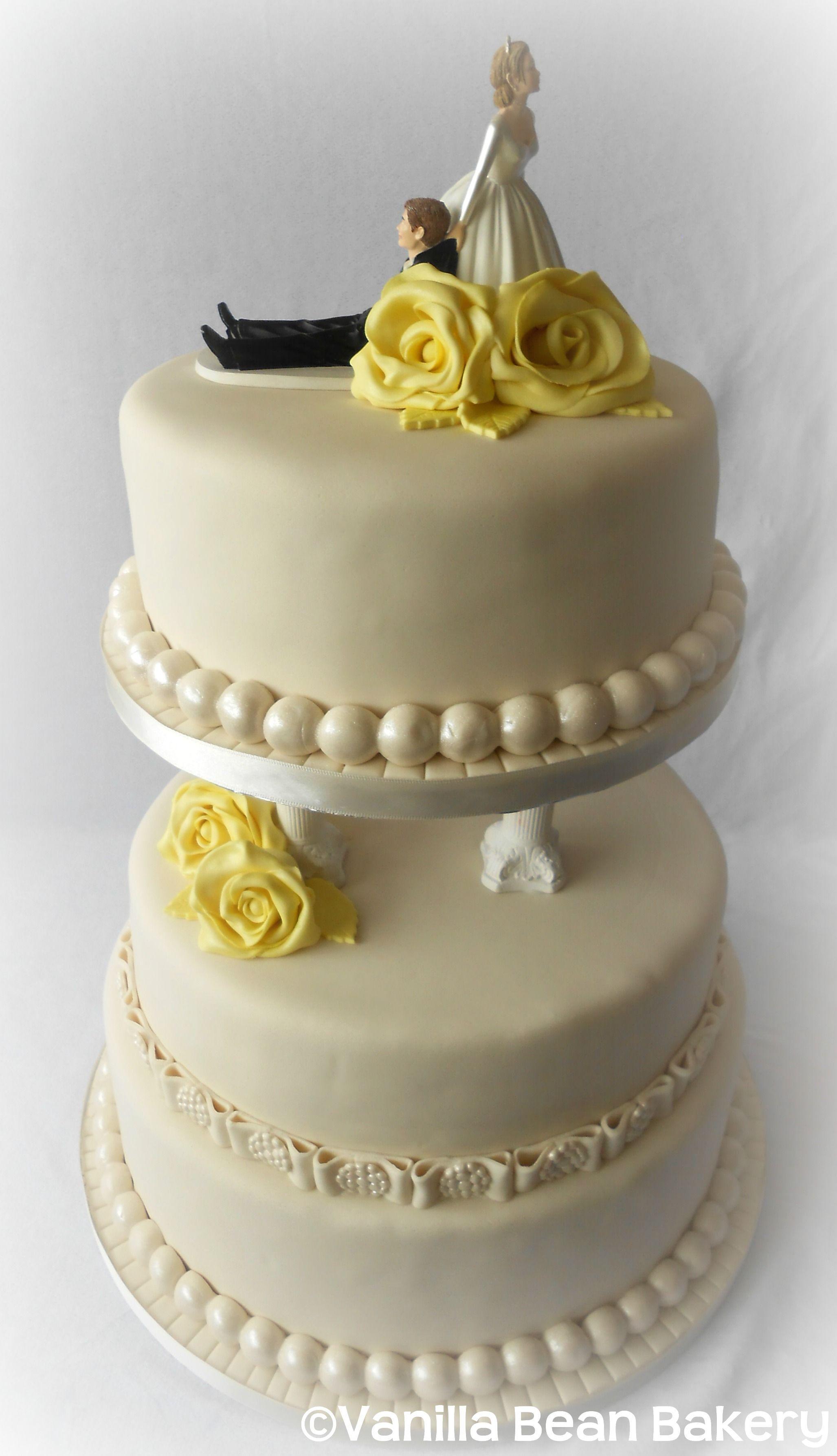 Vanilla Wedding Cakes  Vanilla wedding cake idea in 2017