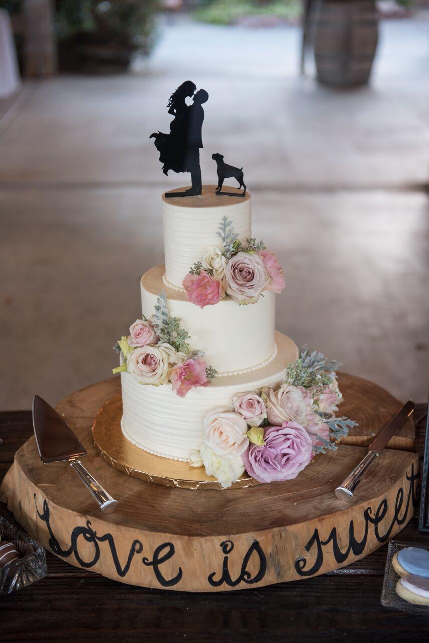 Vegan Wedding Cake Recipe  Finding Alternatives For a Vegan Wedding