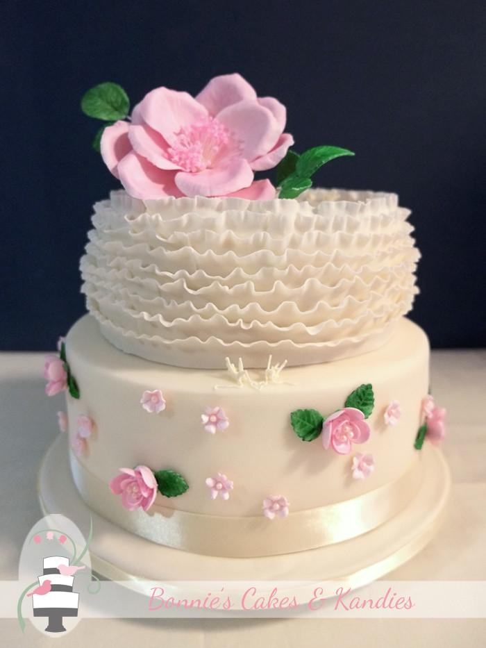Vegan Wedding Cake Recipe  Vegan Wedding Cake at Summergrove Estate Carool Tweed