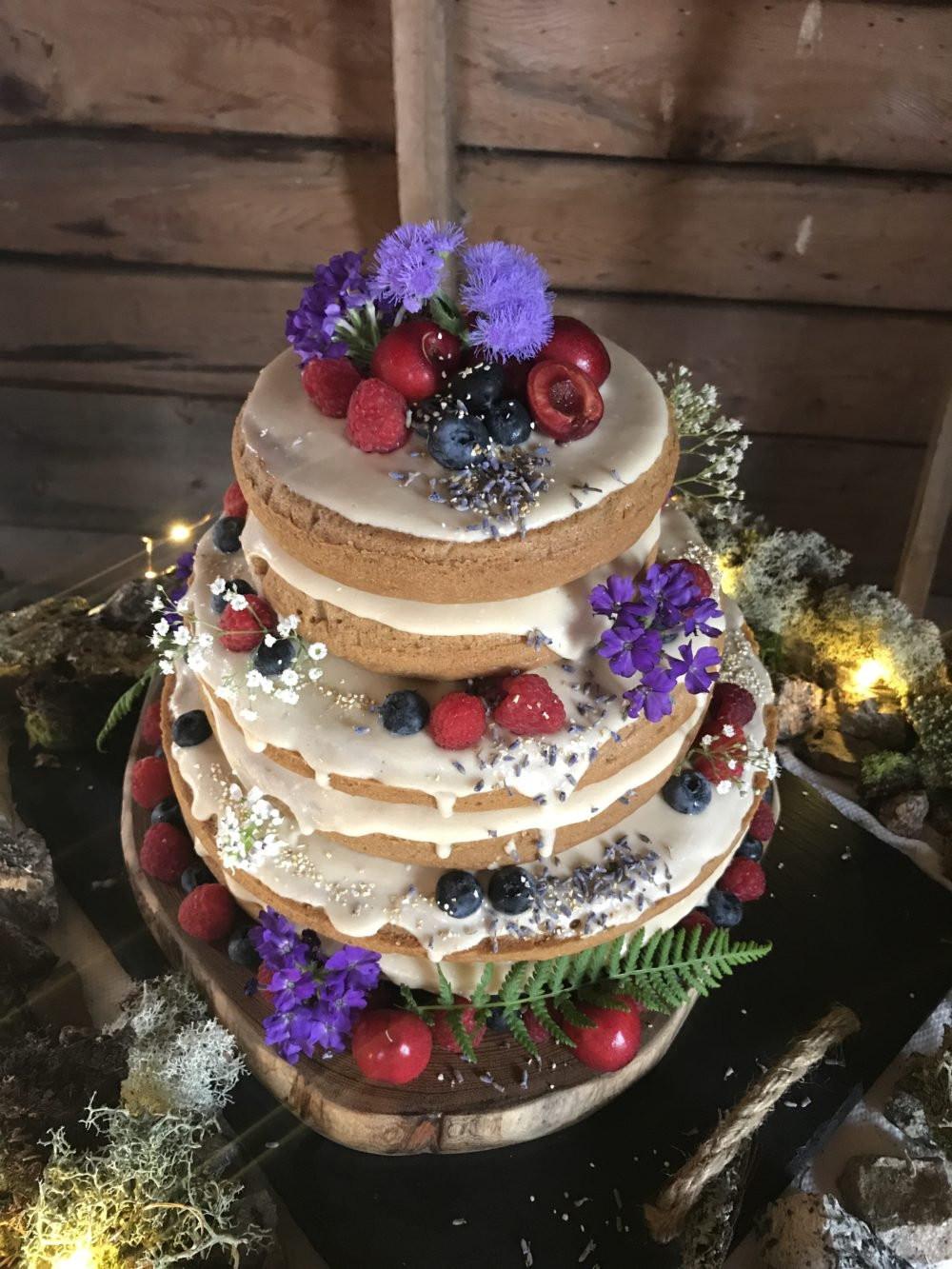 Vegan Wedding Cakes  How I Made a Glam 3 Tier Vegan Wedding Cake & Lived to