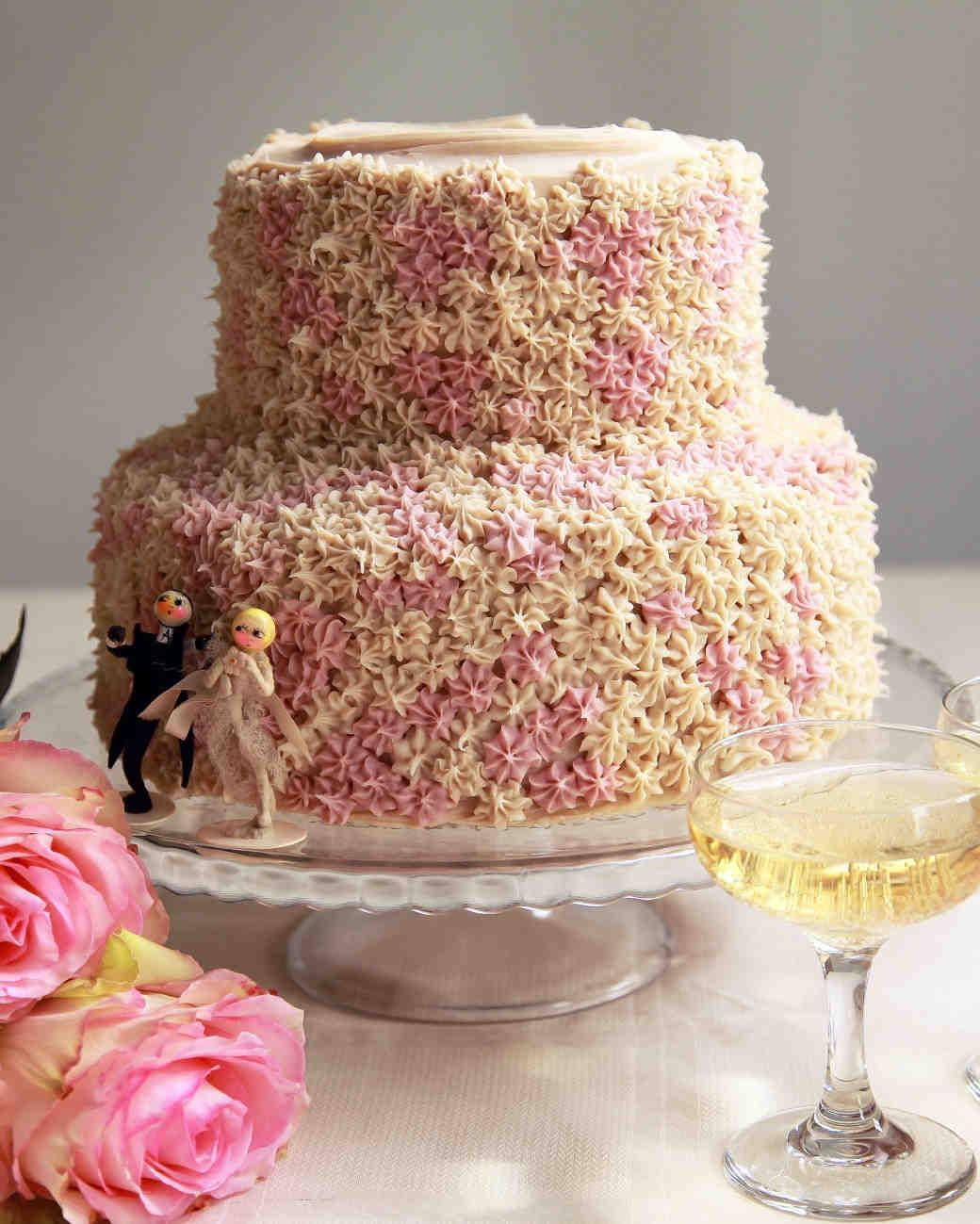 Vegan Wedding Cakes  7 Delicious Vegan Wedding Cakes