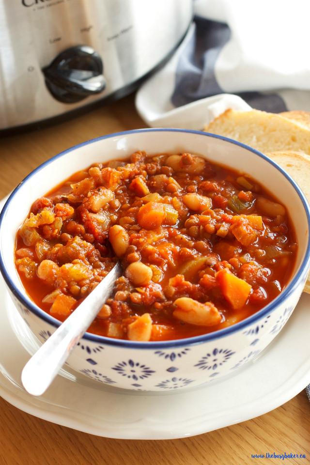 Vegetarian Crock Pot Recipes Healthy  Crock Pot Ve arian Chili Slow Cooker The Busy Baker
