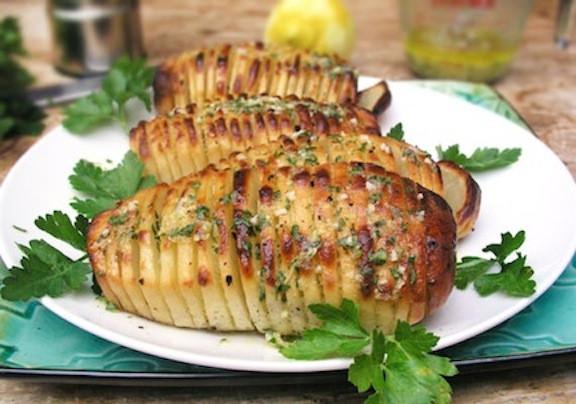 Vegetarian Easter Dinner Ideas  Hasselback Potatoes