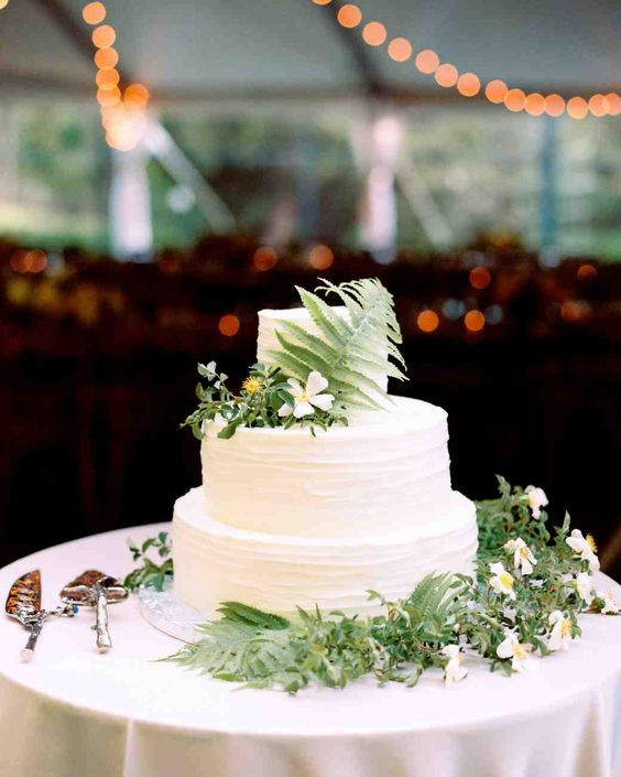 Vietnamese Wedding Cakes  Spring wedding cakes Martha stewart weddings and Martha