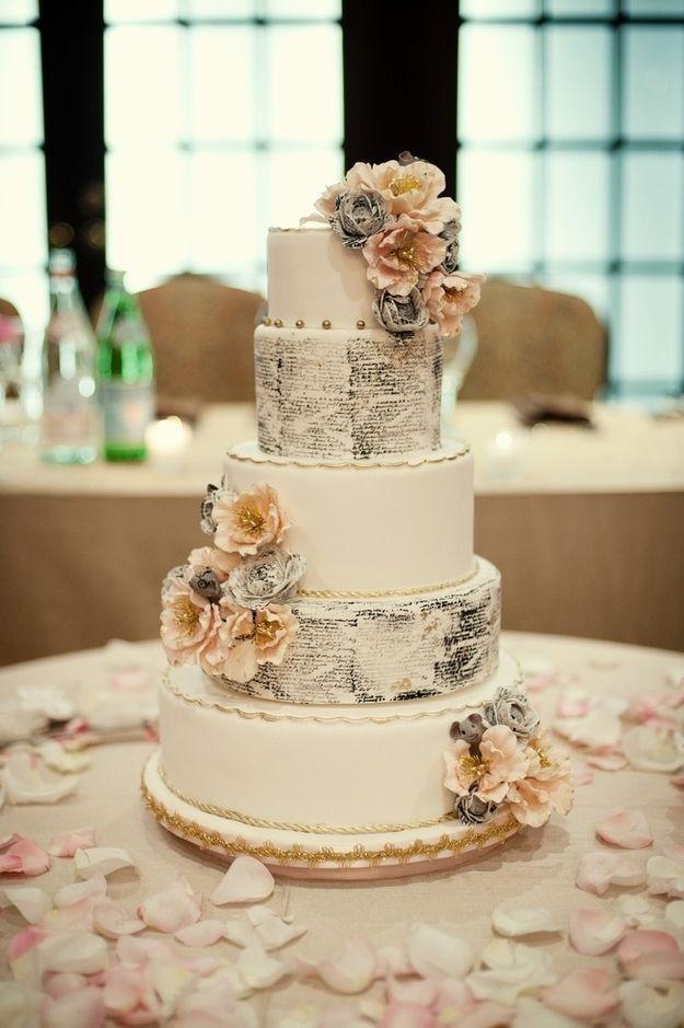 Vintage Wedding Cakes Ideas  Best 25 Vintage wedding cakes ideas on Pinterest