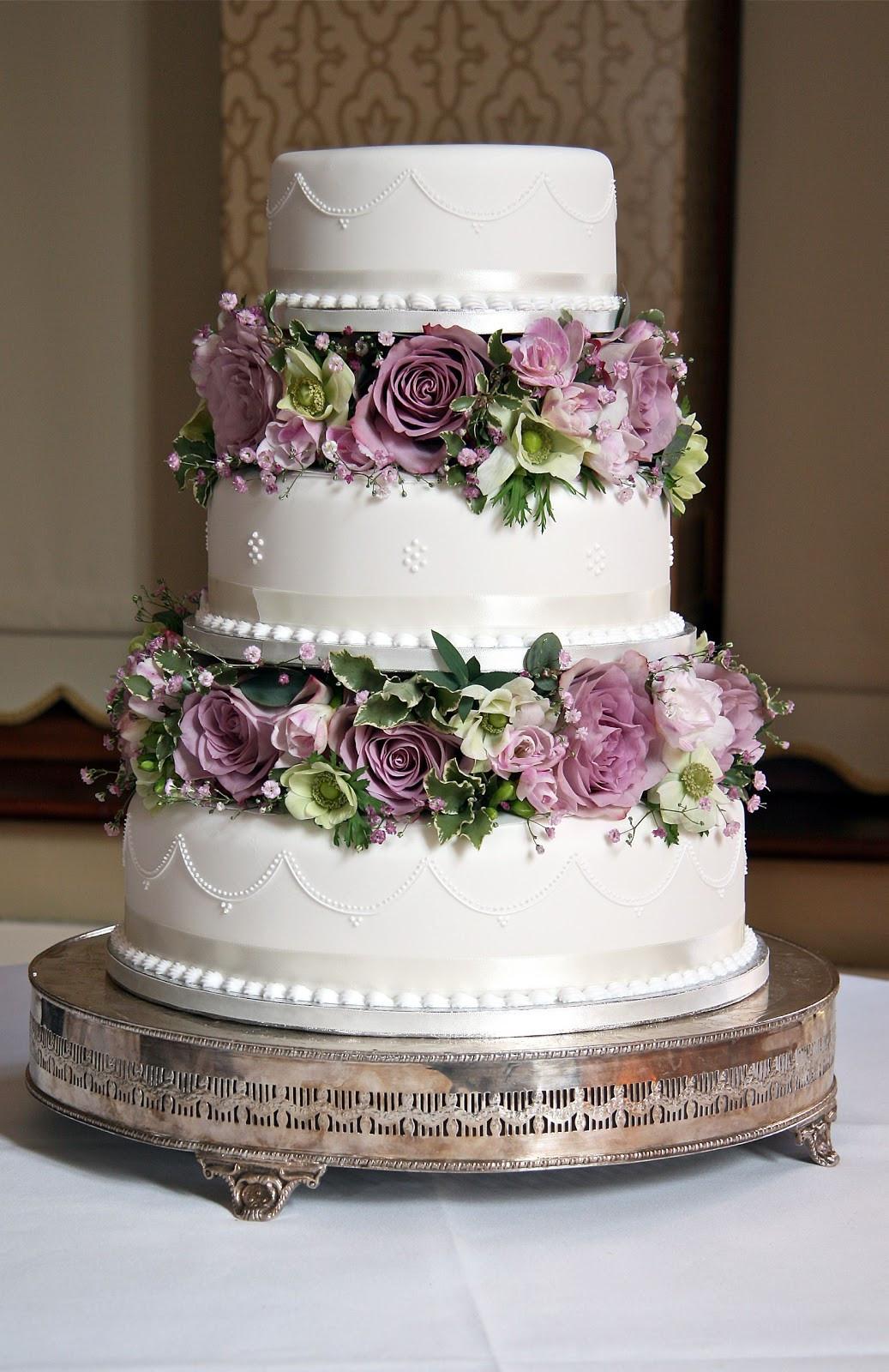 Vintage Wedding Cakes  Wedding Flowers Blog Jemma s Vintage Wedding Flowers