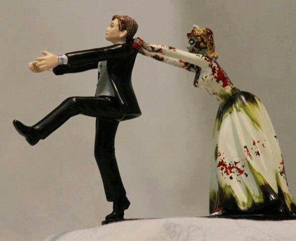 Walking Dead Wedding Cakes  Walking dead wedding cake toppers idea in 2017