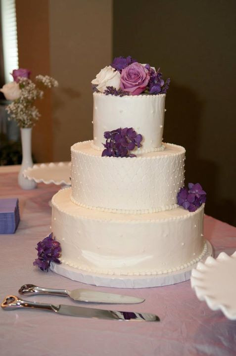 Walmart 3 Tier Wedding Cakes  Bichelle s blog Fresh flowers can be chosen to pare