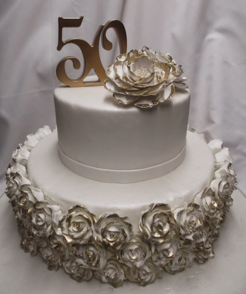 Wedding Anniversary Cakes Images  Happy Wedding Anniversary cakes picture Greetings Wishes