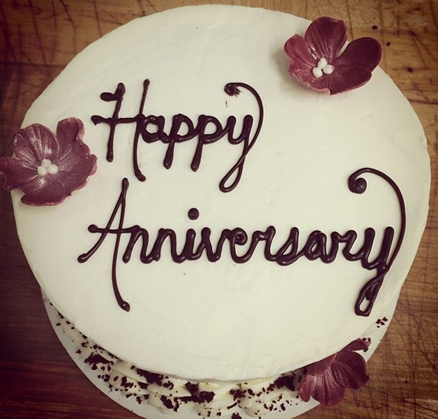 Wedding Anniversary Cakes Images  Top 25 Beautiful Happy Anniversary Wallpapers – Marriage