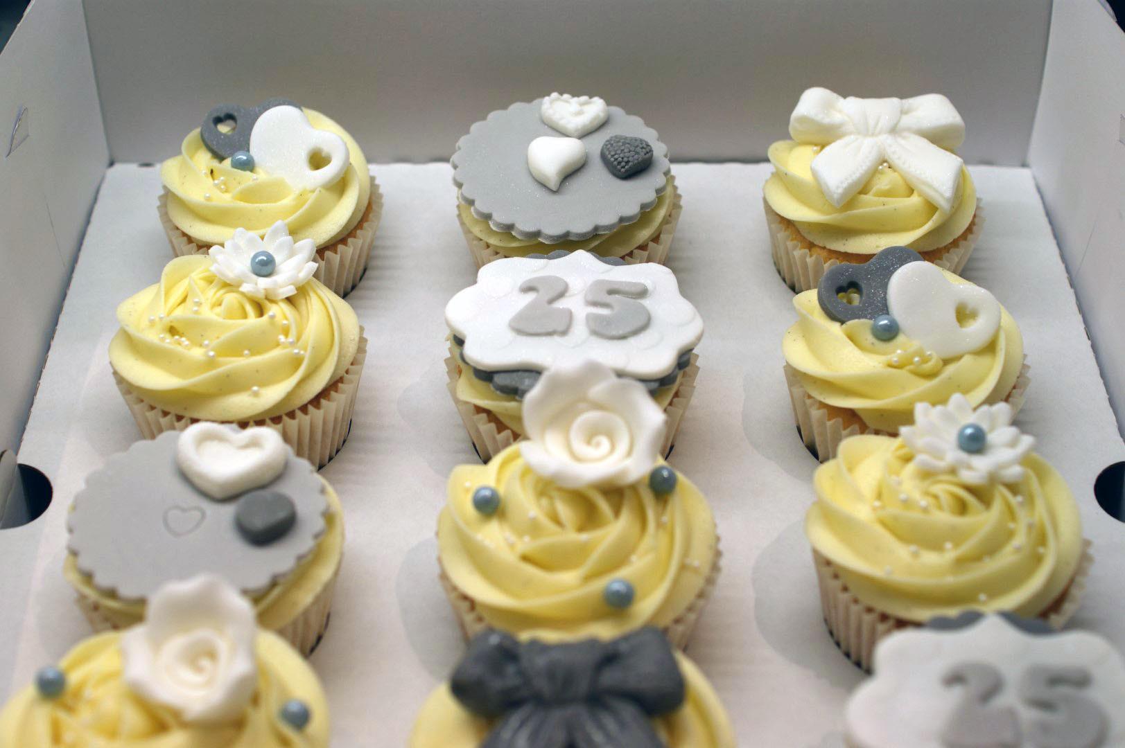 Wedding Anniversary Cupcakes Ideas  25th Wedding Anniversary Cupcakes Bakealous