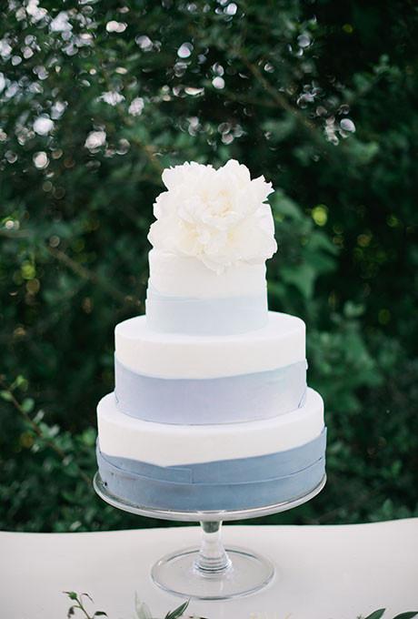 Wedding Cake Blue And White  blue and white wedding cakes