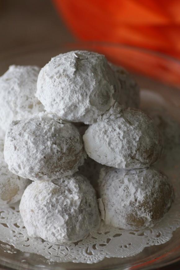 Wedding Cake Cookies Recipes  Mexican Wedding Cake Cookie Recipe