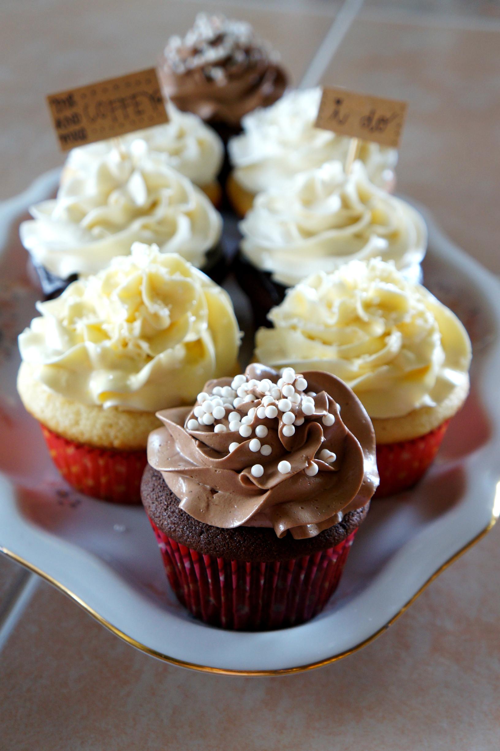 Wedding Cake Cupcake Recipe  wedding cake tasting small batch recipes