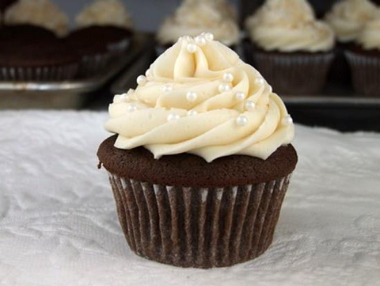 Wedding Cake Cupcakes Recipes  How to Make Wedding Cupcakes Recipe Girl