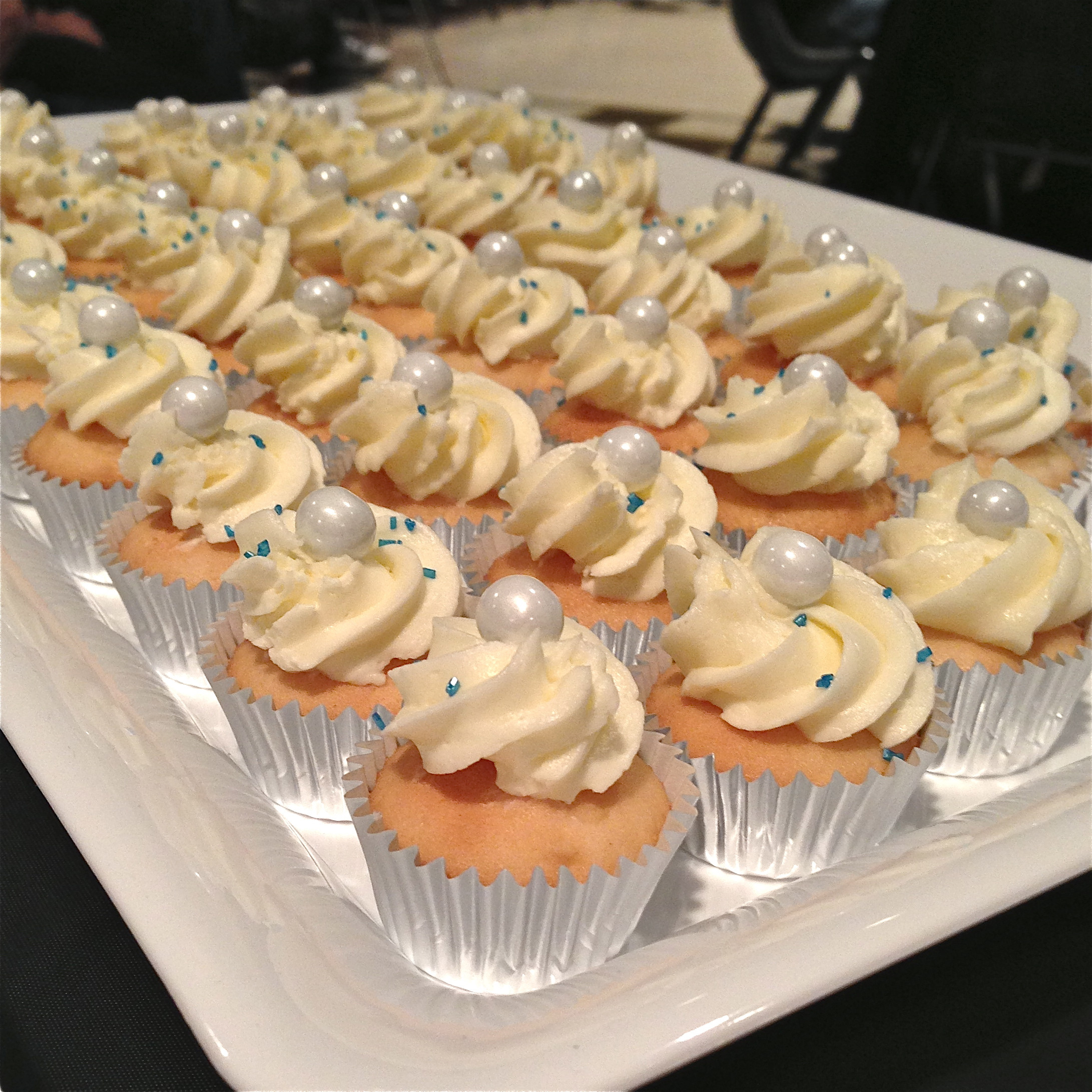 Wedding Cake Cupcakes Recipes  A collection of mini cupcakes and a fundraiser for FUSION