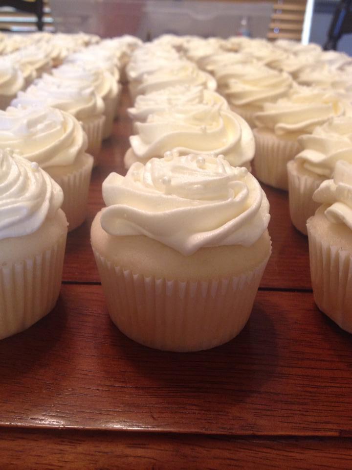 Wedding Cake Cupcakes With Buttercream Frosting  Wedding Cake Cupcake with White Chocolate Buttercream